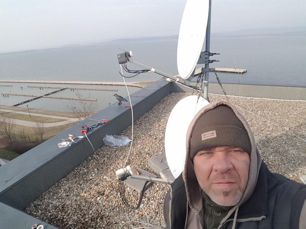 Antenna szerelés közben